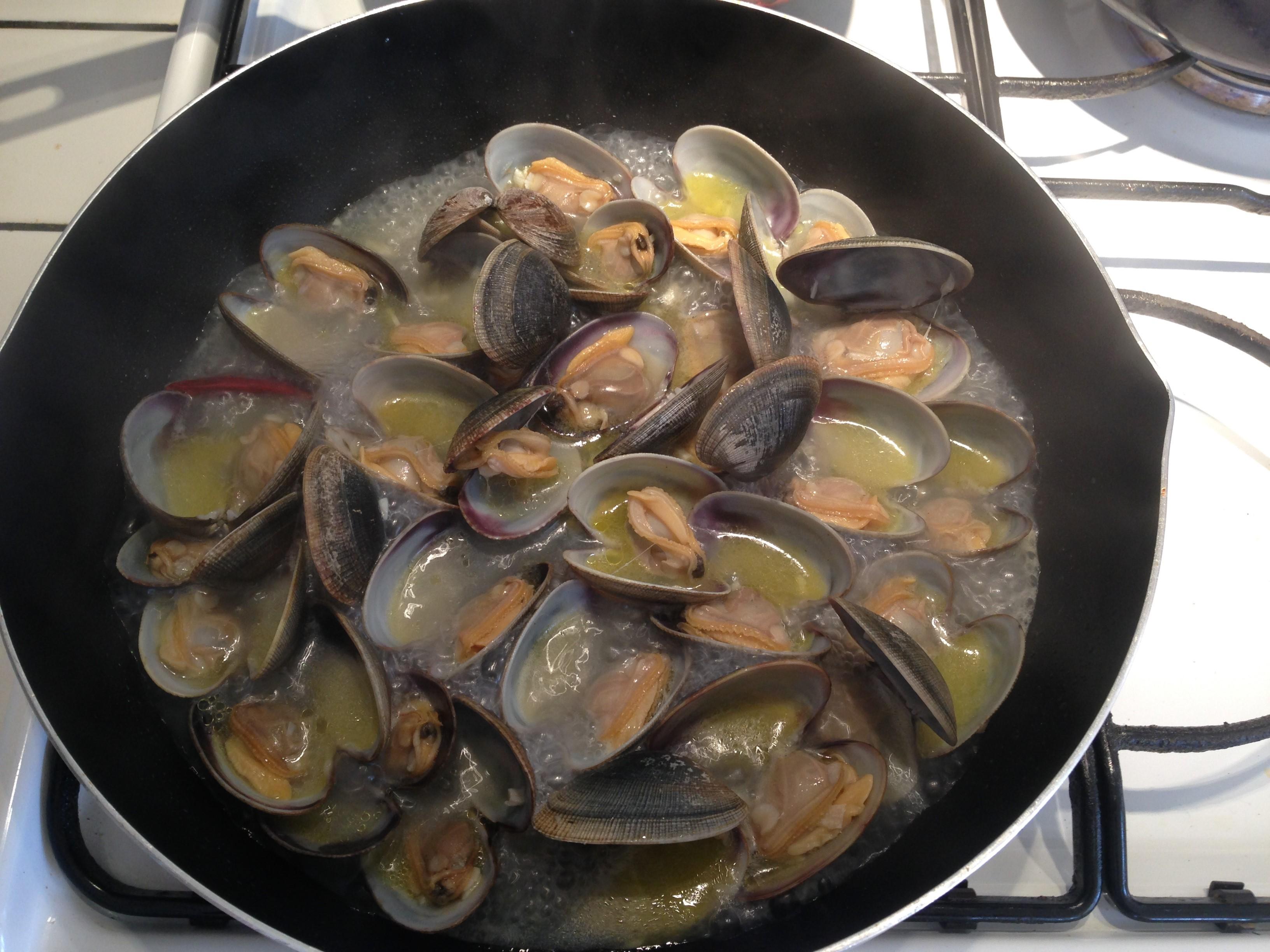 男の簡単料理 11皿目「ボンゴレビアンコ」