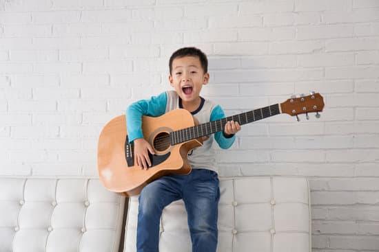 オヤジギター その17「趣味のギターは覚える順番なんか気の向くままでいい!」