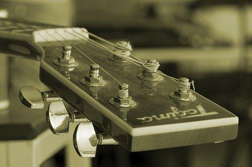 オヤジギター その19「『コロナ禍』によりレッスン中断!しかし『パワーコード』で一人感動!」